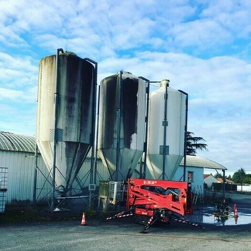 Nettoyage 1537m2 panneaux solaires exploitation agricoles - Châteauroux