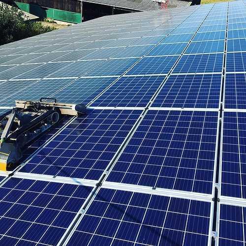 Nettoyage de 1600m2 de panneaux photovoltaïques - Herbignac- 44 1194682797696711237977234432212895251410137n